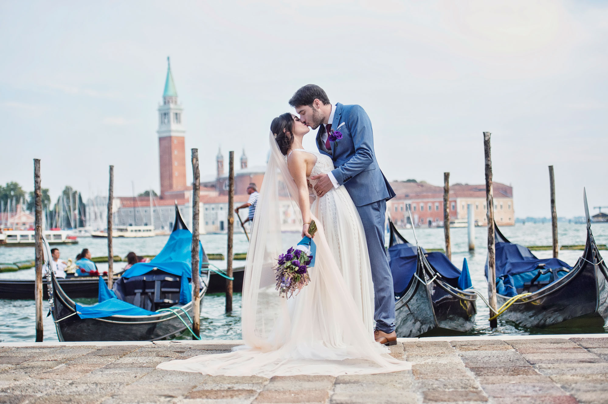 Lifestyle weddings in Italy