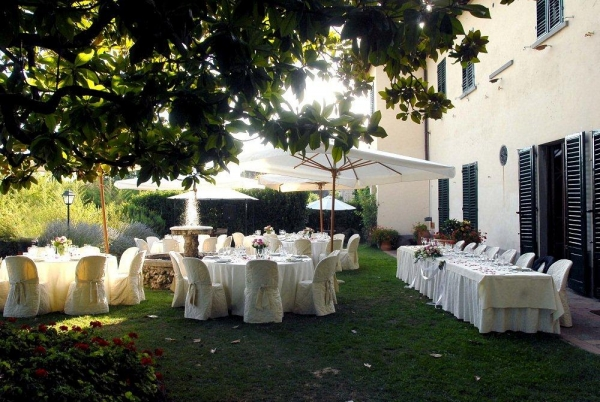 Wedding in a Romantic Tuscan family house in Greve in Chianti
