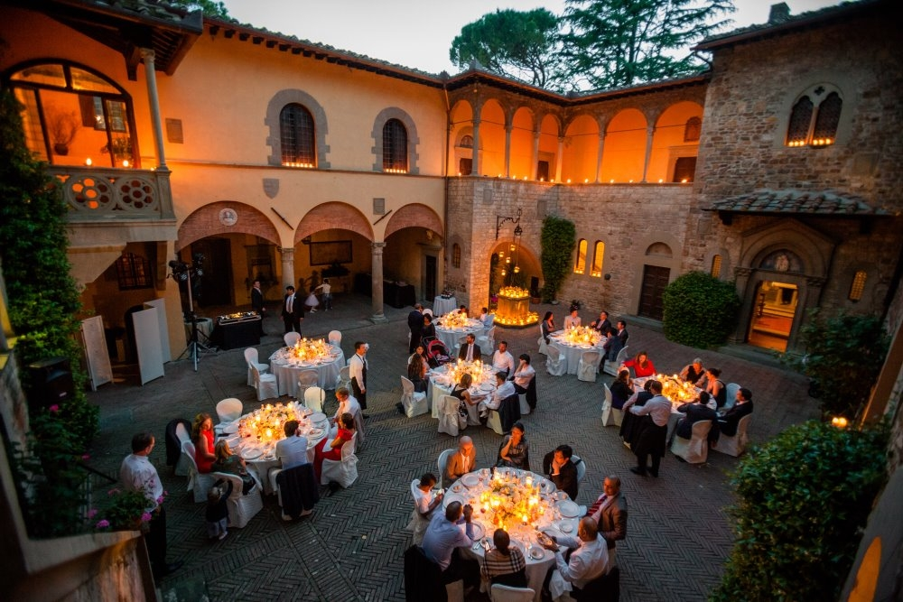 tuscany_castle_wedding_001_002