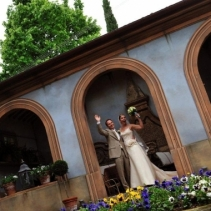 A Tuscan wedding in a Romantic hamlet near Lucca