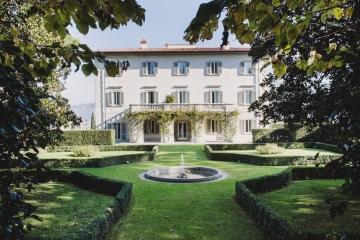 Exclusive Villa with Panoramic Views over the City of Florence