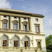 Classy aristocratic residence near Florence