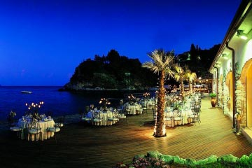 Exclusive venue on the Bay of Taormina
