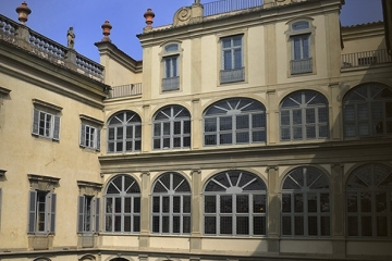 Elegant historical palace in Florence
