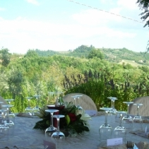 Wedding in a Romantic little Farm house in Tuscany