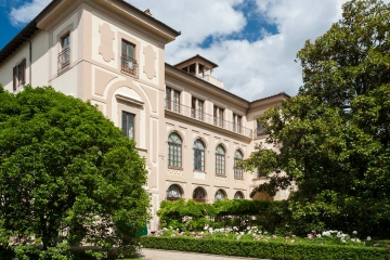 Elegant luxury hotel in Florence