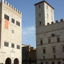 Civil wedding in Orvieto, Umbria