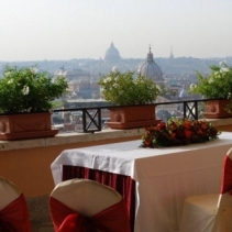 Symbolic wedding and ceremony in Rome