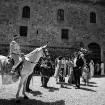 tuscany_castle_wedding_006_002