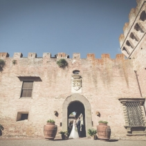 tuscany_castle_wedding_008_001